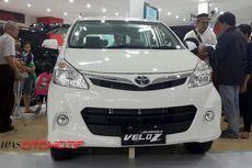 Cuci Gudang, DP Rp 16 Juta Bawa Pulang 2 Mobil Toyota
