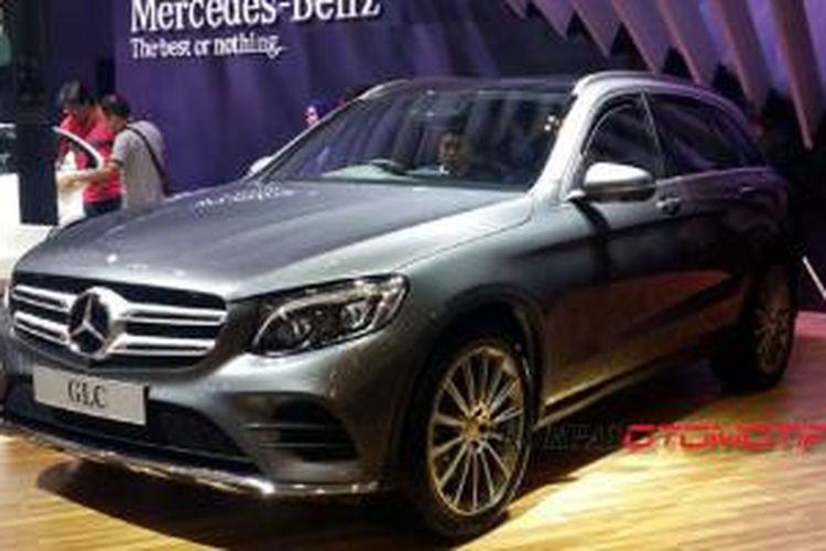 Mercedes-Benz GLC di GIIAS 2015