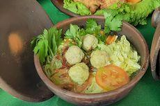 Beda! Makan Soto Ikan di Pantai Kukup Yogyakarta