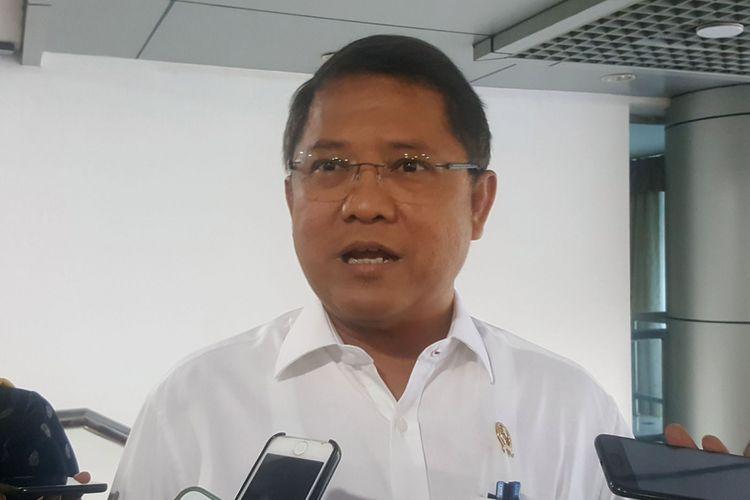 Menteri Komunikasi dan Informatika Rudiantara saat ditemui di kantor Kementerian Kominfo di Jakarta, Senin (7/5/2018).