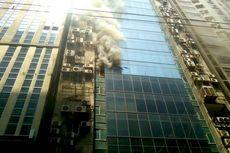 Kebakaran Gedung di Dhaka, Pintu Darurat Diduga Terkunci