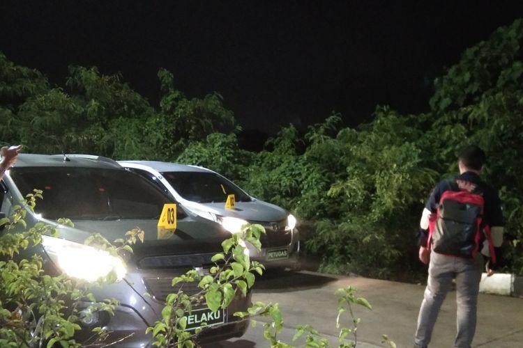 Bareskrim Polri menggelar rekonstruksi kasus penembakan enam anggota FPI di TKP pertama di Bundaran Hotel Novotel, Karawang, Jawa Barat, Senin (14/12/2020).