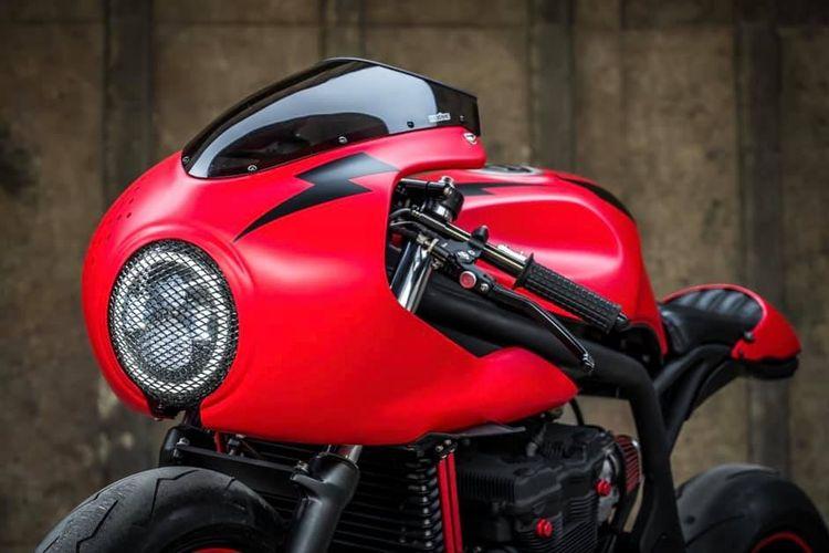 Motor custom Suzuki Bandit 600 bergaya cafe racer garapan K-Speed