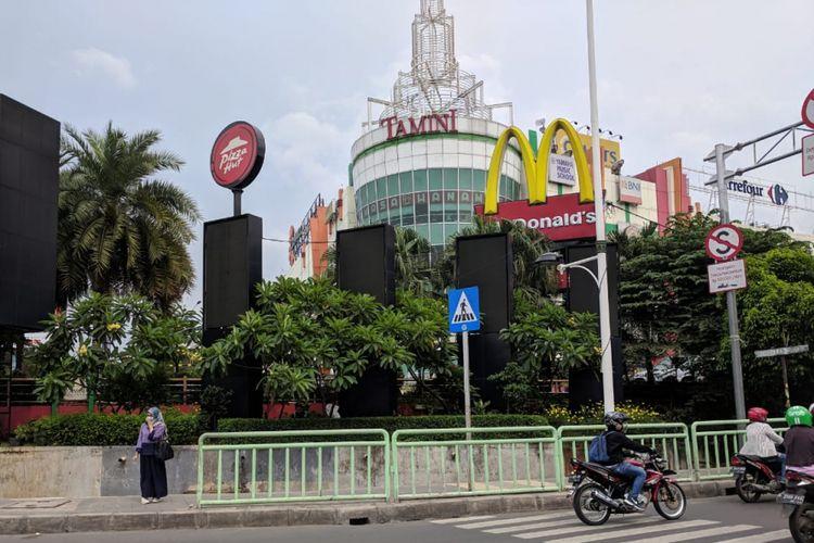 Tamini Square, Makasar, Jakarta Timur, Minggu (10/2/2019)