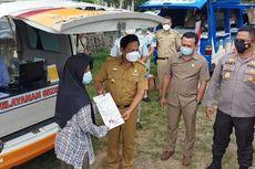 Polisi Sambangi Masyarakat Desa yang Mau Perpanjang SIM dan SKCK