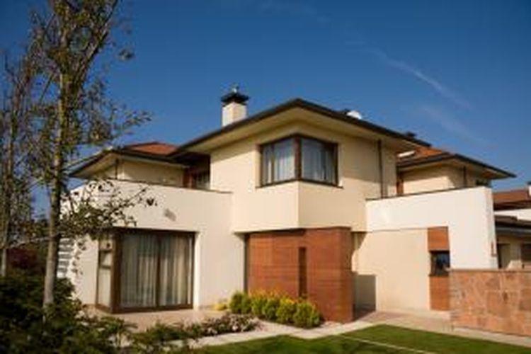Membeli rumah, terutama rumah seken, membuat Anda harus berpikir lebih jauh ketimbang hanya memikirkan ukuran, lokasi, dan dekorasi. Ada baiknya Anda memperhatikan baik-baik cetak biru dan kondisi konstruksi rumah tersebut.