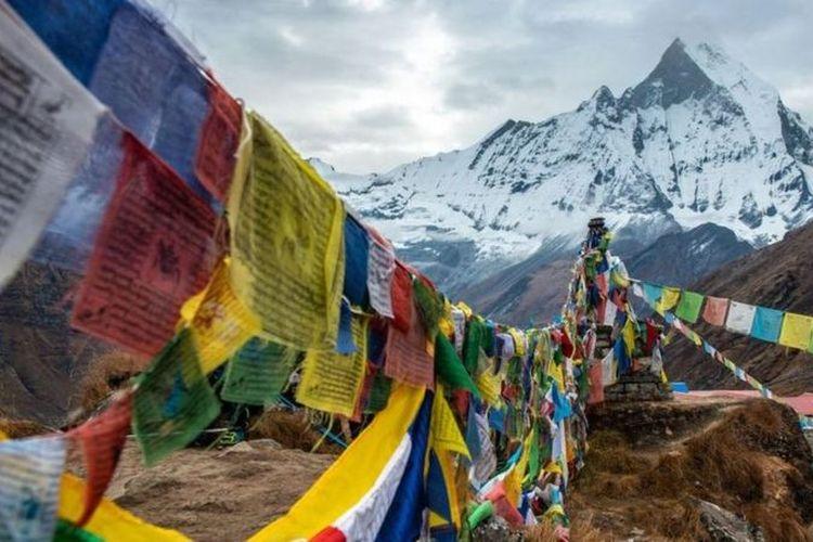 Jimmy Roberts, un oficial del ejército británico que lideró la edad de oro de la exploración del Himalaya, estaba fascinado por lo macabro.