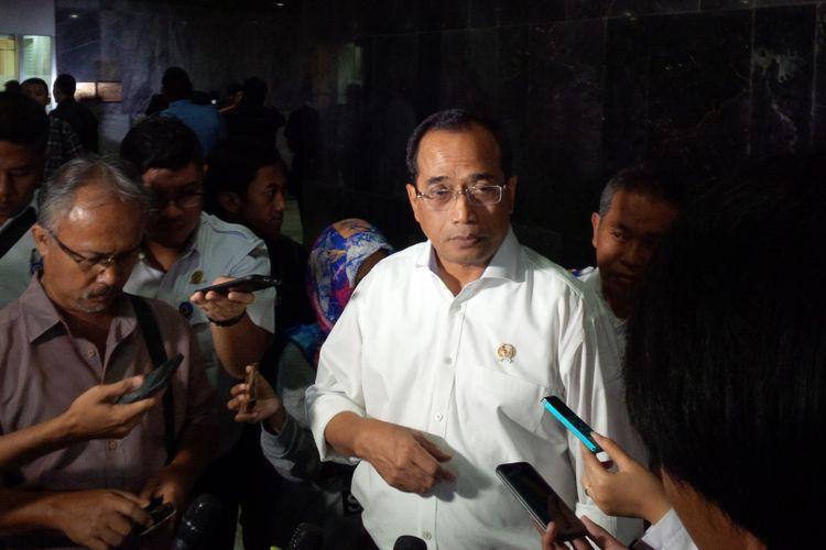 Menteri Perhubungan (Menhub) Budi Karya Sumadi saat ditemui di Komplek Parlemen DPR, Jakarta, Rabu (5/7/2017).