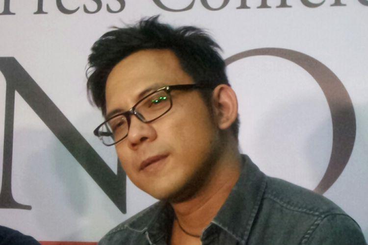 Pemain keyboard NOAH, David Kurnia Albert Dorfel, hadir dalam jumpa pers konser Road to New Album di Badung Cafe, Bandung, Jawa Barat, Kamis (14/9/2017).
