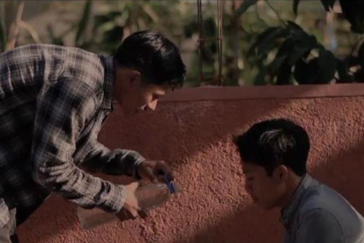 Film pendek berjudul Pasti Kembali karya sineas asal Banyuwangi, Catur Bintang Putra.