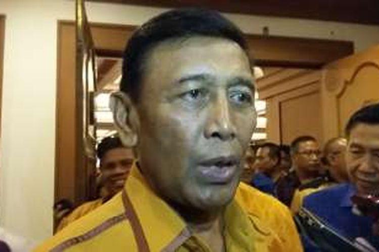 Ketua Umum Hanura, Wiranto saat acara pelantikan pengurus DPD Partai Hanura Provinsi Bali,Rabu (13/4/2016) di Denpasar.