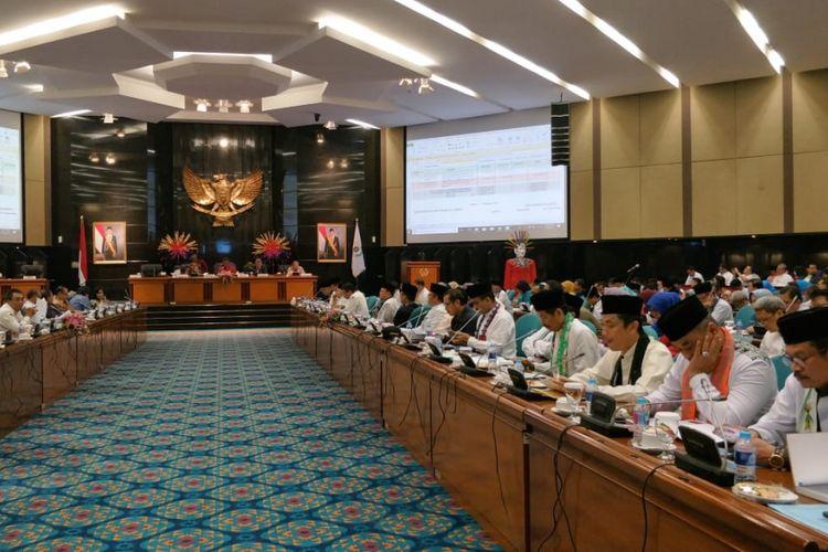 Rapat pembahasan Kebijakan Umum Perubahan Anggaran (KUPA) dan Prioritas Plafon Anggaran Sementara (PPAS) 2018 di gedung DPRD DKI Jakarta, Jumat (7/9/2018).