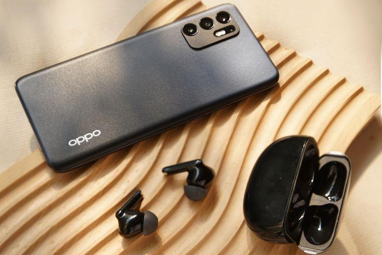 Kombinasi Oppo Reno6 dan Oppo Enco Series menyempurnakan pengalaman mobile gaming.