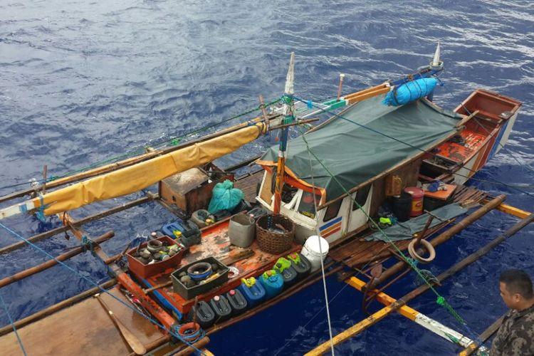 Ilustrasi kapal ilegal