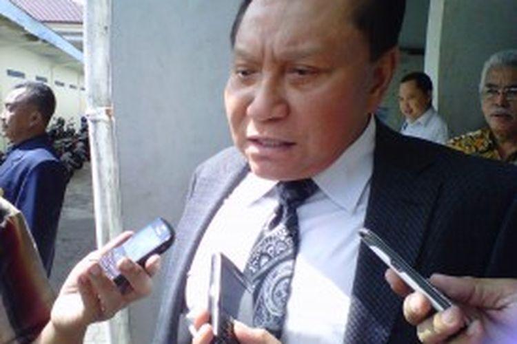 Mantan Kepala BIN, AM Hendro Priyono, usai memberikan kuliah umum tentang terorisme kepada mahasiswa Fakultas Hukum Universitas Muhammadiyah Magelang, Kamis (4/7/2013).