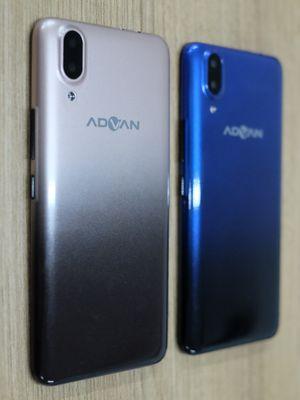 Ilustrasi Advan G2 Pro tampak belakang. Ada dua kamera yang terpatri di punggung ponsel ditemani dengan sebuah modul LED Flash.