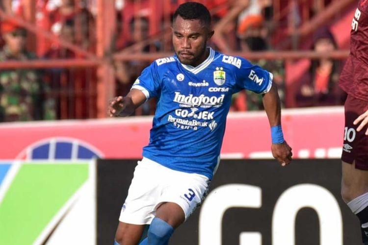 Bek sayap Persib Bandung, Ardi Idrus.