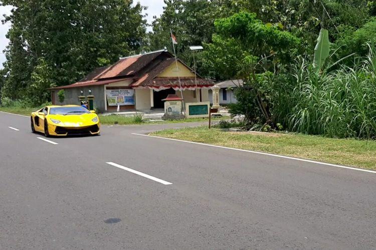 Mobil 'Supercar' Buatan Suhartanto