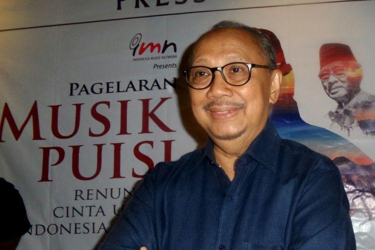 Musisi Ebiet G. Ade dalam jumpa pers Pagelaran Musik Puisi Ebiet G. Ade : Renungan Cinta untuk Indonesia Damai di FX Sudirman, Jakarta Pusat, Selasa (29/8/2017).