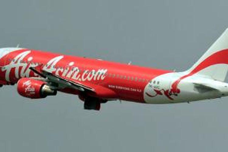 PK-AXC, Airbus A320-200 yang dioperasikan oleh maskapai Indonesia AirAsia, yang hilang sejak Minggu (28/12/2014). Registrasi PK-AXC bisa dilihat di bagian belakang fuselage (badan) pesawat. Foto diambil pada 7 September 2011 di Bandara Soekarno-Hatta, Tangerang, Banten.