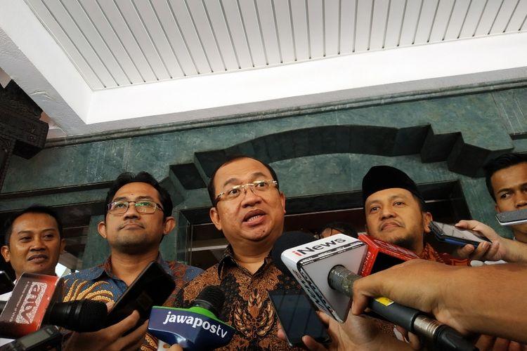 Sekjen Partai Berkarya Priyo Budi Santoso dan perwakilan enam parpol nonparlemen di Kantor Kemendagri, Jakarta Pusat, Rabu (29/1/2020).