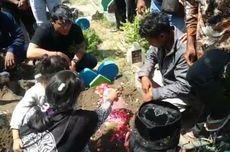 Usap Wajah Lionel untuk Terakhir Kali, Ibu Korban Gempa Bali Menangis Terisak-isak