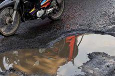 Jalan Rusak, Wali Kota dan Bupati Bandung Dilaporkan ke Polda Jabar