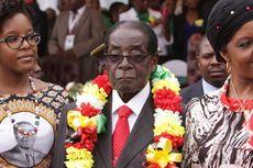 Mugabe Pecat Wakilnya demi Muluskan Jalan Sang Istri Jadi Presiden