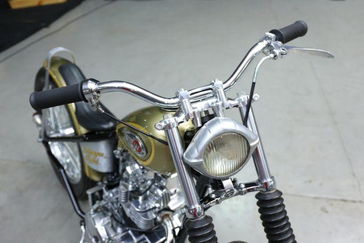 Kawasaki W175 Custom Chopper Inggris