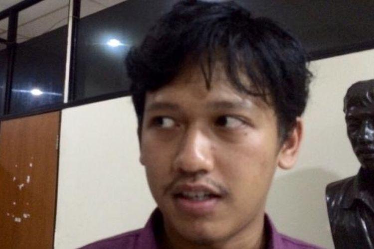 Staf Divisi Advokasi Hak Ekonomi, Sosial, dan Budaya Kontras Rivanlee Anandar di Kantor LBH Jakarta, Kamis (22/9/2016).