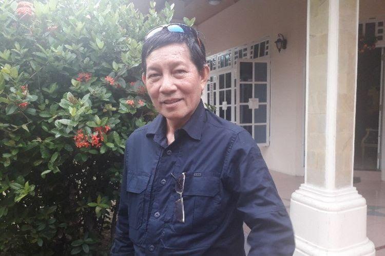 Wali Kota Manado Vicky Lumentut saat diwawancarai Kompas.com di rumahnya, di Pakowa, Kecamatan Wanea, Kamis (31/01/2019).