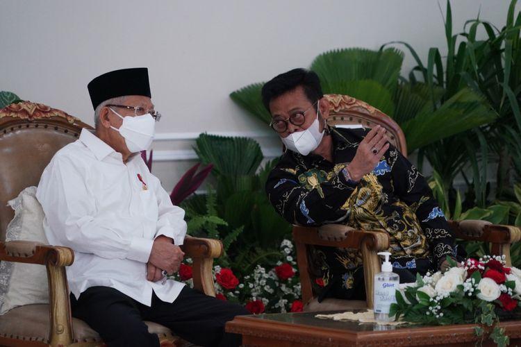 Menteri Pertanian (Mentan) Syahrul Yasin Limpo (SYL) saat mendampingi Wakil Presiden (Wapres) Republik Indonesia (RI) Ma?ruf Amin dalam acara penganugerahan ?Penghargaan Bidang Pertanian Tahun 2021? yang diselenggarakan secara luring di Istana Wapres Jakarta, Senin (13/9/2021).