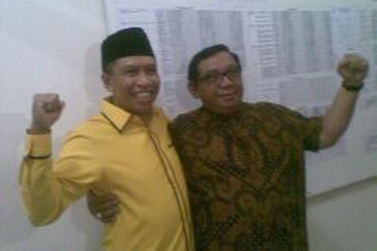 Zainudin Amali (kiri) gantikan Martono (kanan) sebagai Plt Ketua DPD Golkar Jatim.