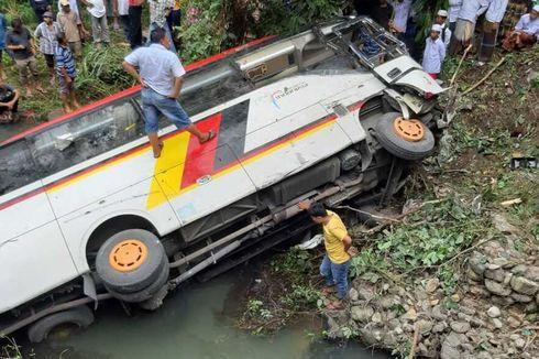 Korban Bus yang Terjun ke Sungai Bertambah, Kadis PKP Agam Meninggal