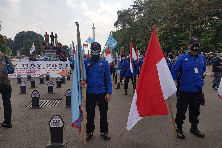 Massa aksi pada hari buruh 1 mei 2021 di kawasan Patung Kuda