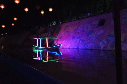 Naik Perahu di Kali Pepe saat Grebeg Sudiro, Ada Mural sampai Burung Sriti