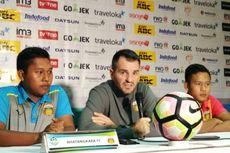 Bhayangkara FC Gagal Menang atas Persib, Simon McMenemy Kecewa
