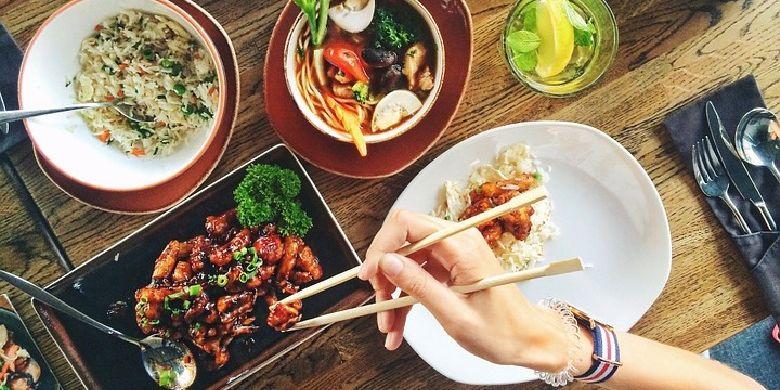 Budaya berbagi makanan menggunakan alat makan individu dipercaya mampu menularkan penyakit seperti hepatitis dan SARS. Namun untuk virus corona masih belum dapat dibuktikan secara ilmiah. Meski begitu, pakar medis menyarankan agar menghindari budaya makan bersama dan membagikannya dengan alat makan individu karena berpotensi menularkan penyakit.