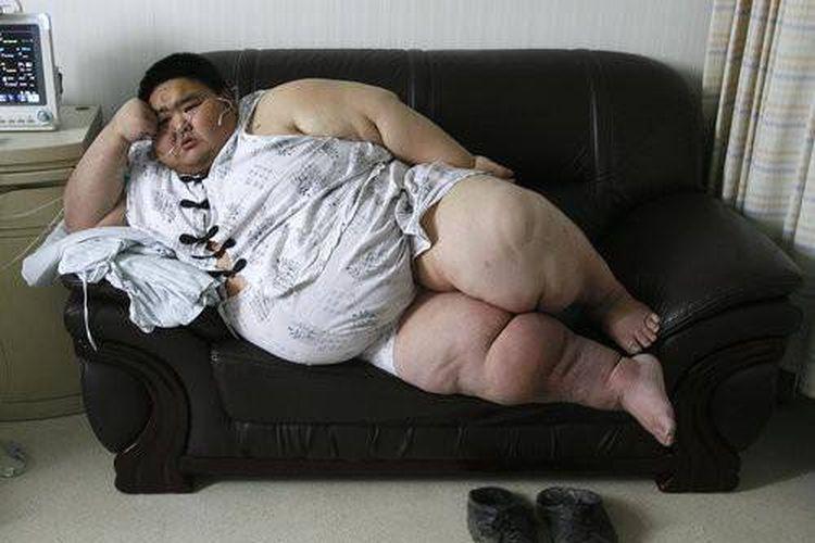 Liang Yong pria berbobot 225 kg yang berpredikat Pria Tergemuk di China versi Guinness Shanghai.