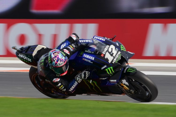 Maverick Vinales saat berlaga di MotoGP Valencia. (Photo by LLUIS GENE / AFP)