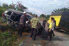 Toyota Avanza Vs Colt Diesel di Padang Lawas Utara, 1 Orang Tewas