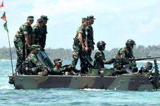 Tinjau Latihan AD di Natuna, Panglima TNI Naik Tank Dikawal Kowad