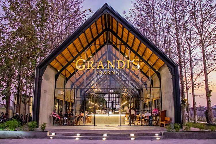 Grandis Barn, resto yang instagramable di Soloraya.