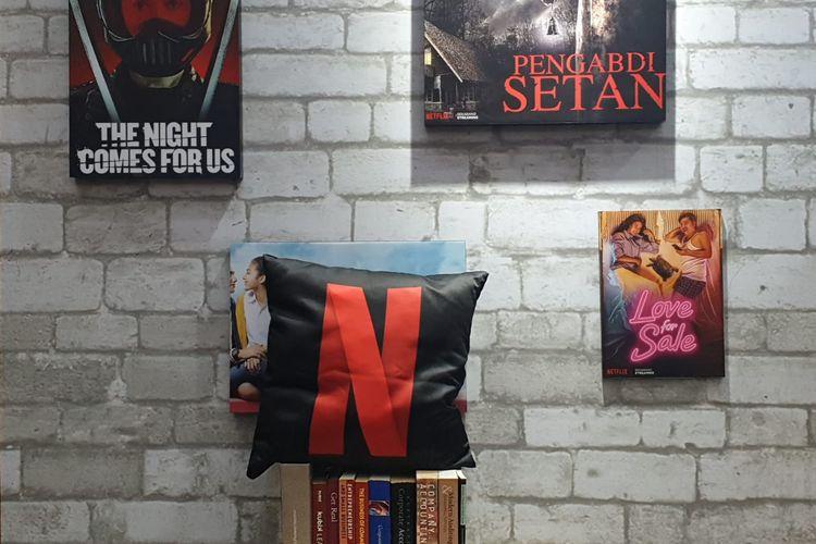 Ilustrasi Netflix dan poster film lokal Indonesia.