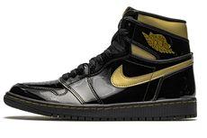 Penampakan Air Jordan 1 Black/Metallic Gold yang Elegan