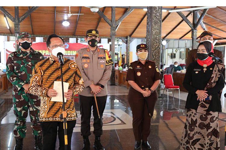 Mendagri Muhammad Tito Karnavian dalam kunjungan kerja ke Kabupaten Brebes, Jawa Tengah, Kamis (29/7/2021).