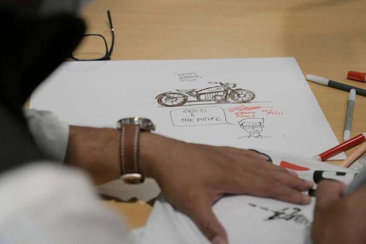 Desain motor listrik Gesits bergaya bobber karya Ridwan Kamil