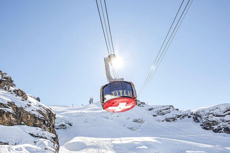 Tempat wisata di Swiss - Gunung Titlis.