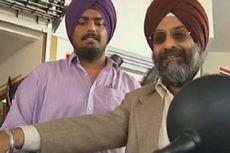 Pria Sikh Gugat Larangan Berkendara Pakai