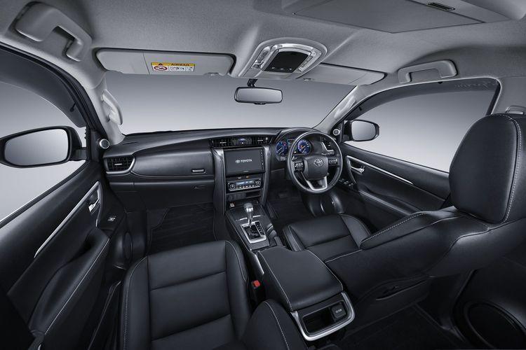 Tampilan interior Toyota Fortuner